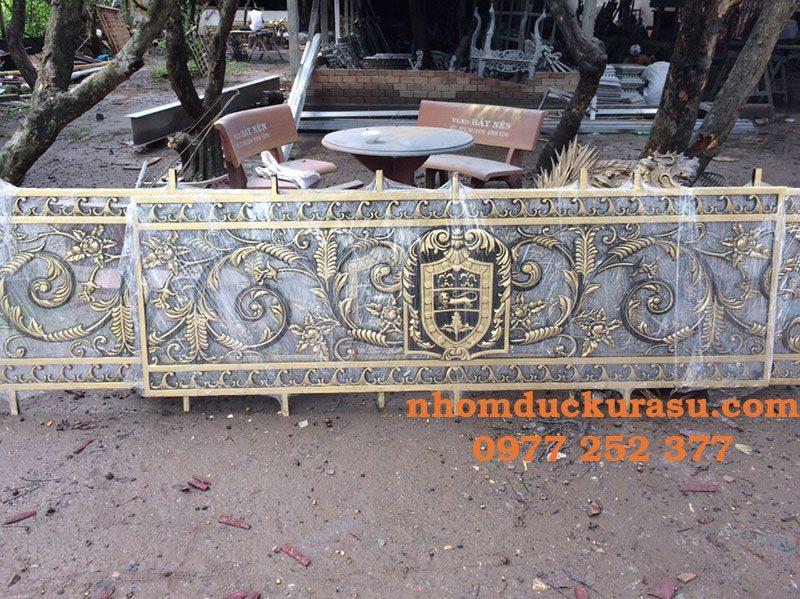 Ban Cong Nhom Duc Bcks 005