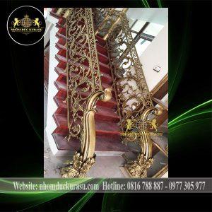 Cau Thang Nhom Duc Ct011